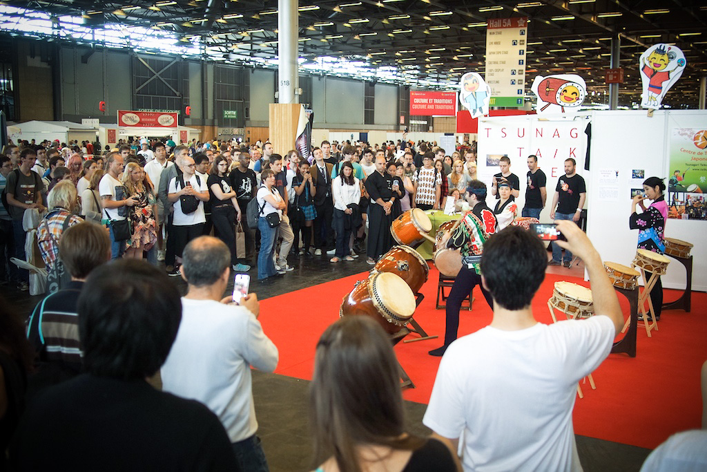 Stands Japan Expo 2015 : Japan expo tambour japonais et parade awa odori